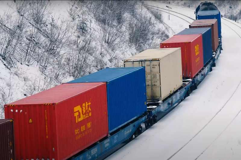 pociąg-intermodalny-lhs
